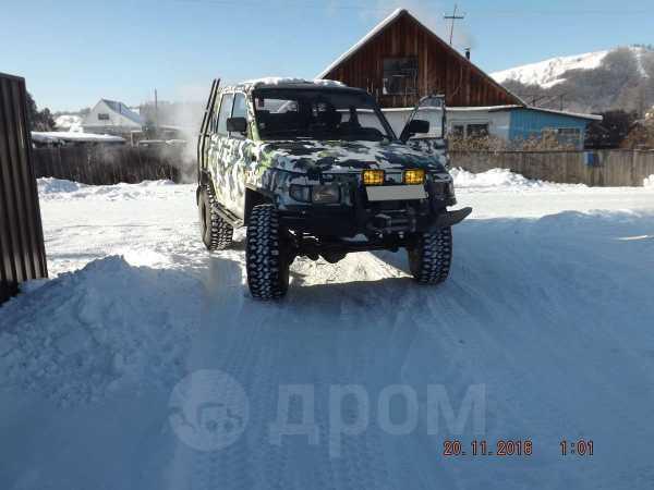 УАЗ Симбир, 2003 год, 300 000 руб.