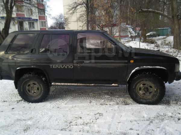 Nissan Terrano, 1990 год, 240 000 руб.