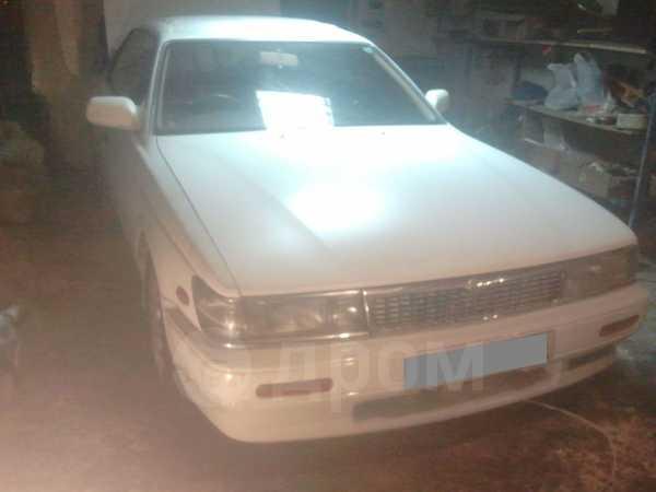 Nissan Laurel, 1989 год, 105 000 руб.