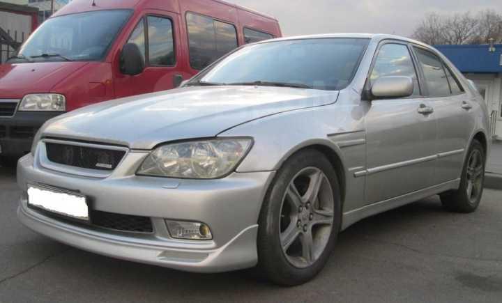 Lexus IS200, 2002 год, 620 000 руб.