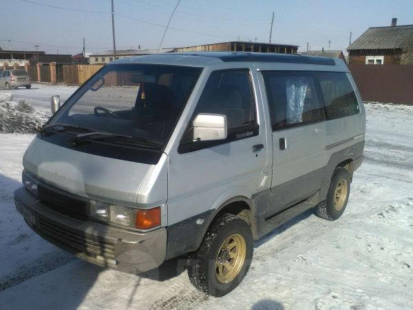 Nissan Largo, 1990 год, 130 000 руб.
