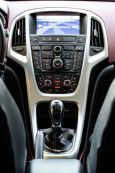 Opel Astra GTC, 2011 год, 510 000 руб.