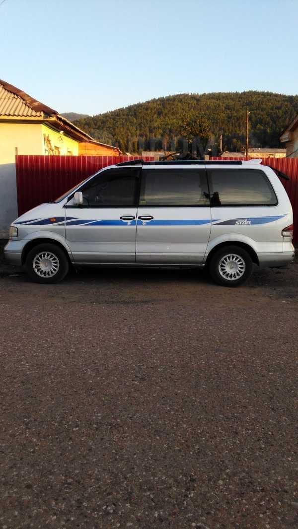 Nissan Largo, 1996 год, 230 000 руб.