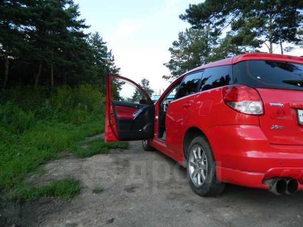 Toyota Matrix, 2002 год, 405 000 руб.