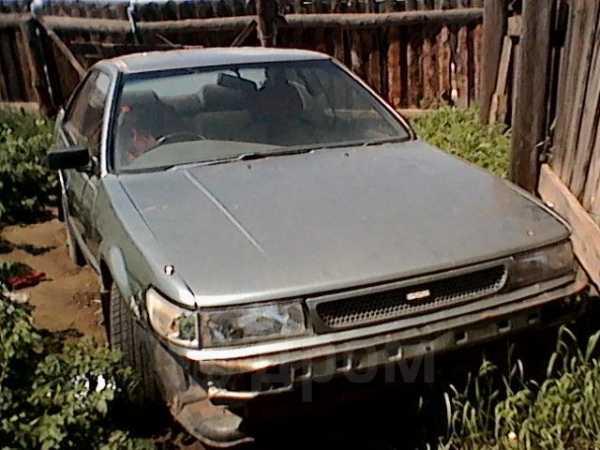 Nissan Bluebird, 1988 год, 40 000 руб.