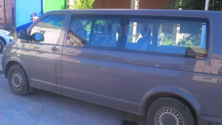 Volkswagen Caravelle, 2012 год, 800 000 руб.