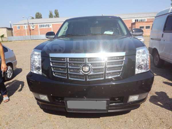 Cadillac Escalade, 2010 год, 1 799 000 руб.
