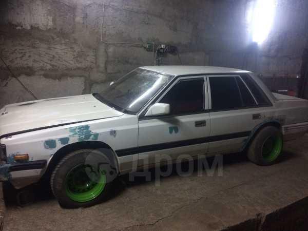 Nissan Laurel, 1986 год, 30 000 руб.