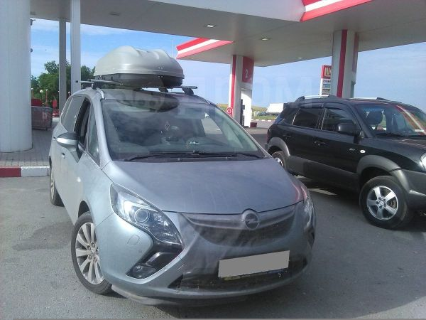 Opel Zafira, 2014 год, 830 000 руб.