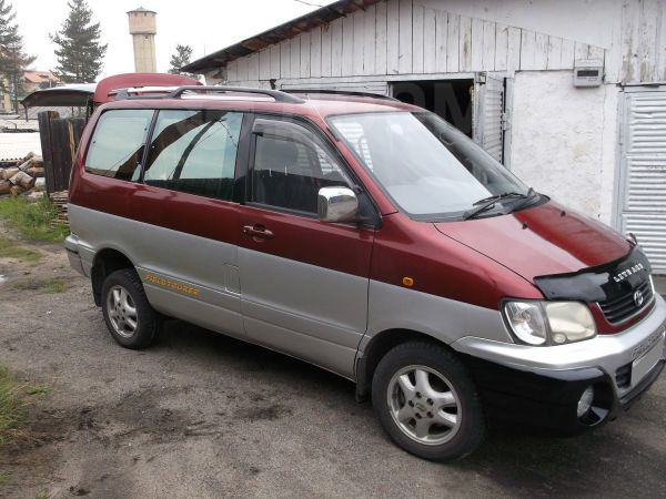 Toyota Lite Ace Noah, 2001 год, 370 000 руб.