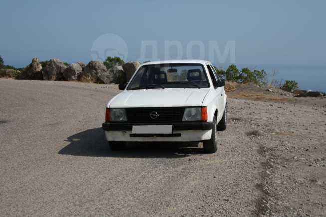 Opel Kadett, 1984 год, 33 000 руб.