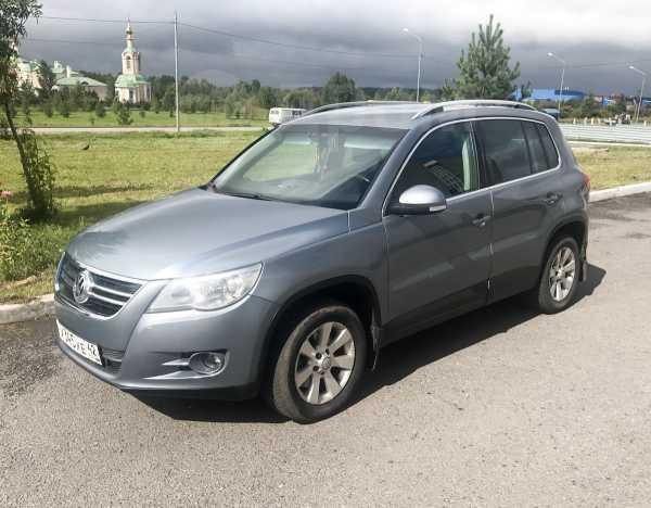Volkswagen Tiguan, 2009 год, 600 000 руб.
