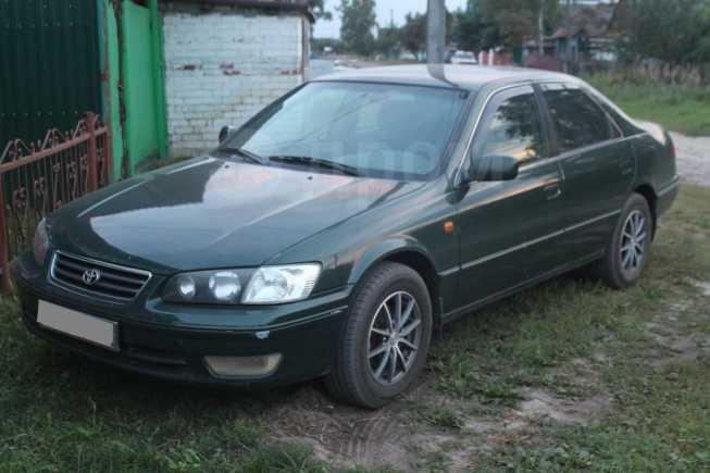 Toyota Camry, 2001 год, 290 000 руб.