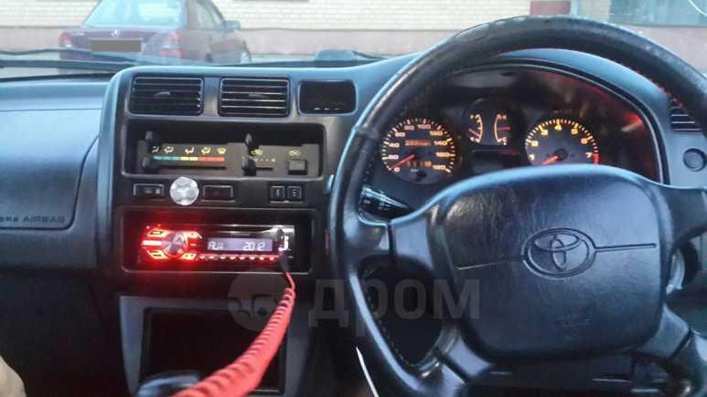 Toyota RAV4, 1997 год, 260 000 руб.