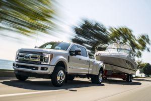 Ford выпустил роскошную версию тяжелых пикапов F-Series за $100 тысяч