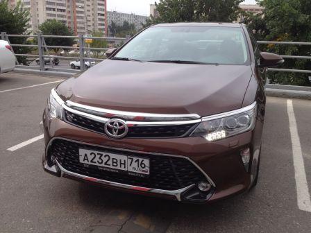 Toyota Camry 2017 - отзыв владельца
