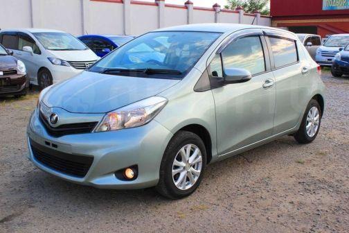Toyota Vitz 2011 - отзыв владельца