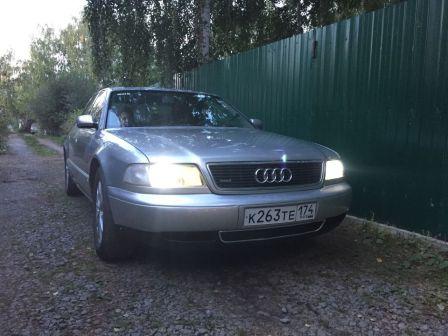Audi A8 1995 - отзыв владельца