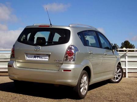 Toyota Verso 2006 - отзыв владельца