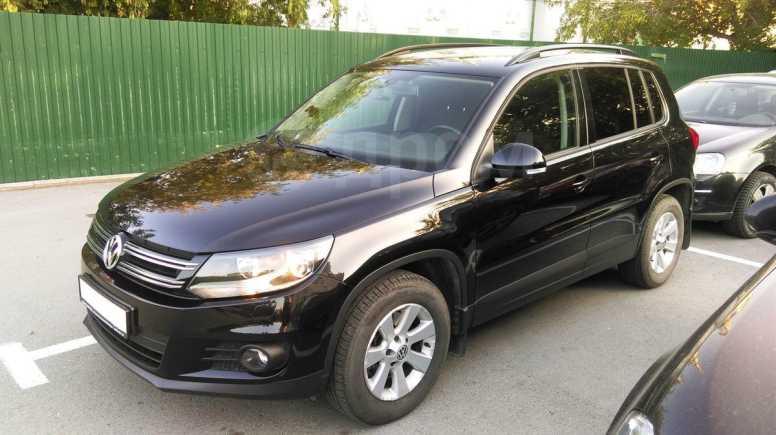 Volkswagen Tiguan, 2012 год, 1 400 000 руб.