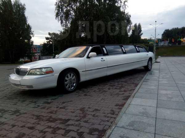 Lincoln Town Car, 2003 год, 900 000 руб.
