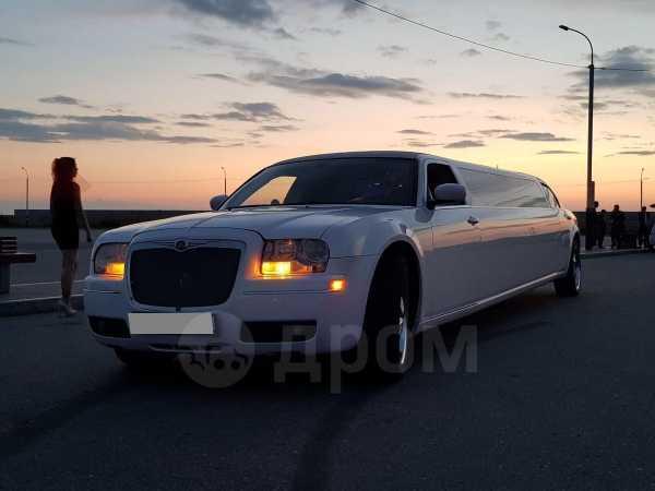 Chrysler 300C, 2008 год, 900 000 руб.