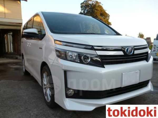 Toyota Voxy, 2015 год, 1 420 000 руб.
