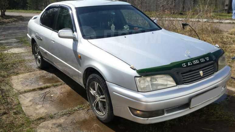Toyota Camry, 1998 год, 199 000 руб.