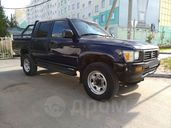 Toyota Hilux Pick Up, 1994 год, 350 000 руб.