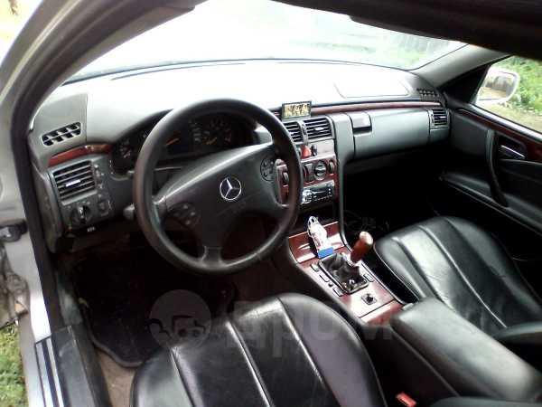 Mercedes-Benz E-Class, 2000 год, 180 000 руб.