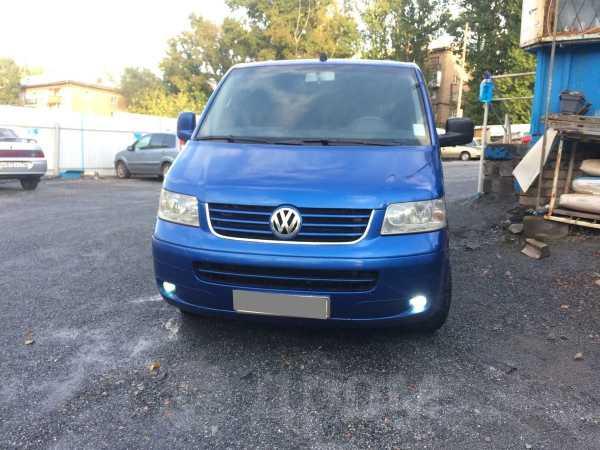 Volkswagen Multivan, 2004 год, 740 000 руб.