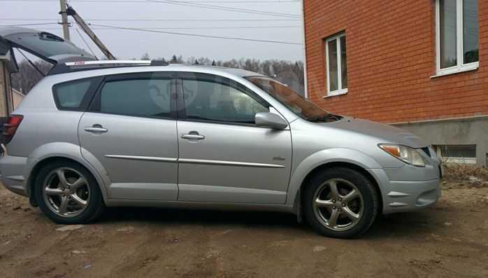 Pontiac Vibe, 2003 год, 555 000 руб.