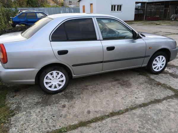 Hyundai Accent, 2003 год, 195 000 руб.