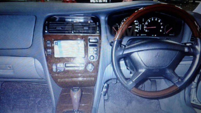 Mitsubishi Diamante, 1994 год, 290 000 руб.