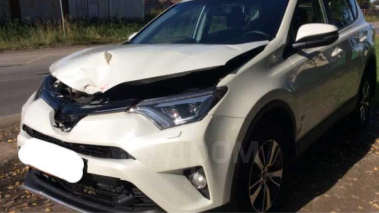 Toyota RAV4, 2016 год, 1 250 000 руб.