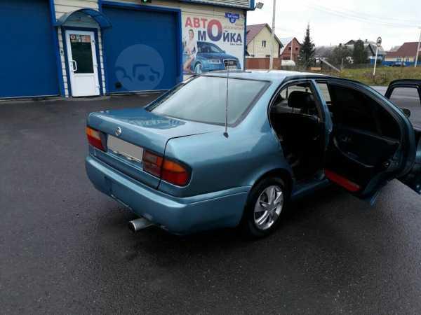 Nissan Primera, 1990 год, 90 000 руб.