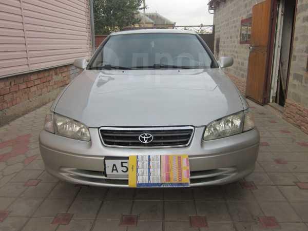 Toyota Camry, 2000 год, 265 000 руб.
