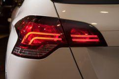 Cветодиодные задние фонари: да