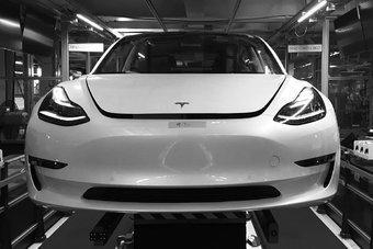 Масштабное производство Tesla Model 3 стартует только в 2018 году.