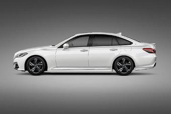 Подробная информация о новом Toyota Crown будет распространена ближе к концу октября.