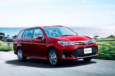 Toyota Corolla Axio и Fielder получили интеллектуальный парктроник