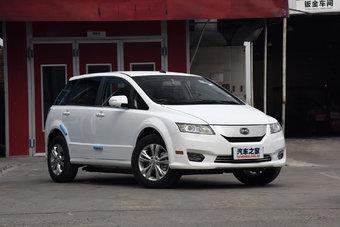 BYD e6 особенно популярен среди китайских таксопарков.