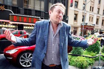 Илон Маск ёмко объясняет, что именно пошло не так с Tesla Model 3