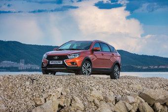 К заказу и покупке доступны 24 варианта комплектации автомобилей.