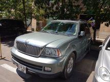 Lincoln Navigator, 2005