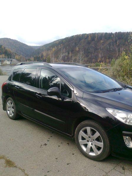 Peugeot 308 2011 - отзыв владельца