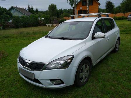 Kia Ceed 2010 - отзыв владельца