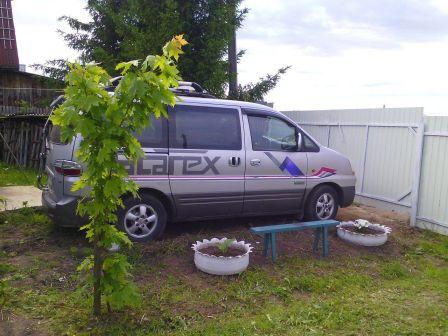 Hyundai Starex 2007 - отзыв владельца