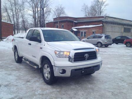 Toyota Tundra 2009 - отзыв владельца