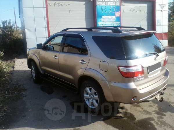 Toyota Fortuner, 2010 год, 1 300 000 руб.